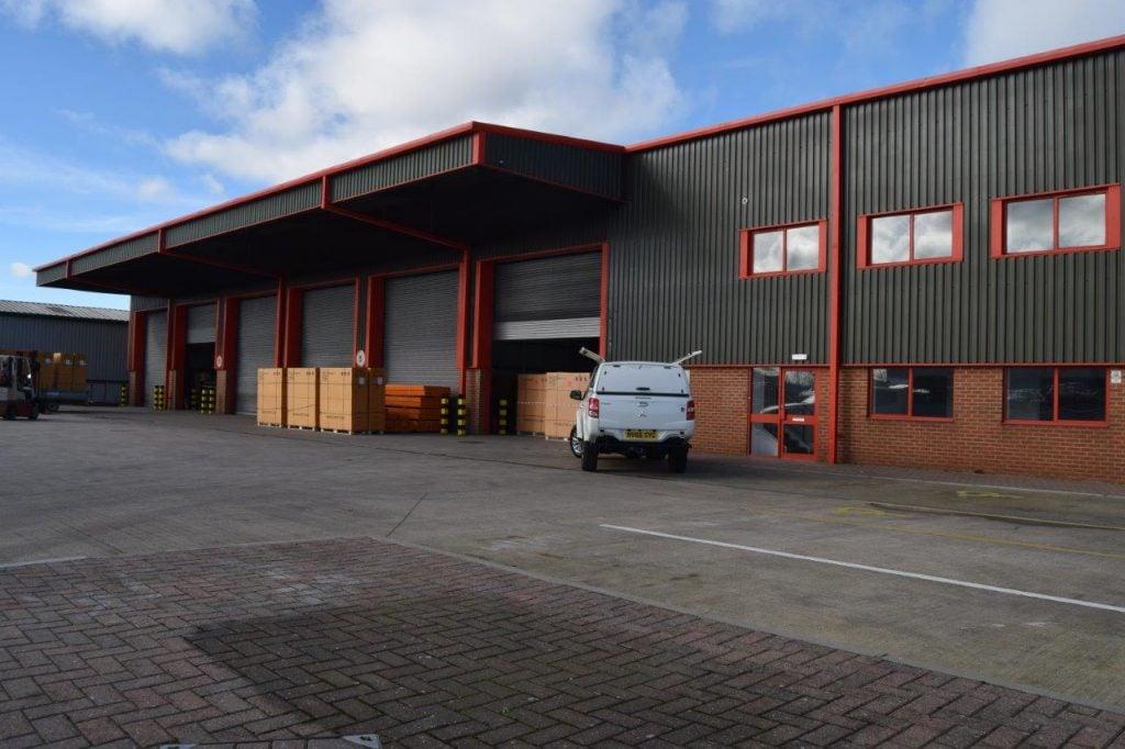 New 25,000 st ft warehouse