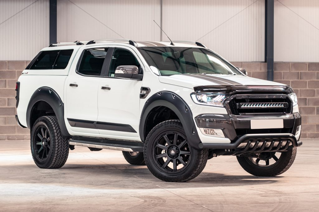 Ford Ranger double cab fitted with trucktop canopy