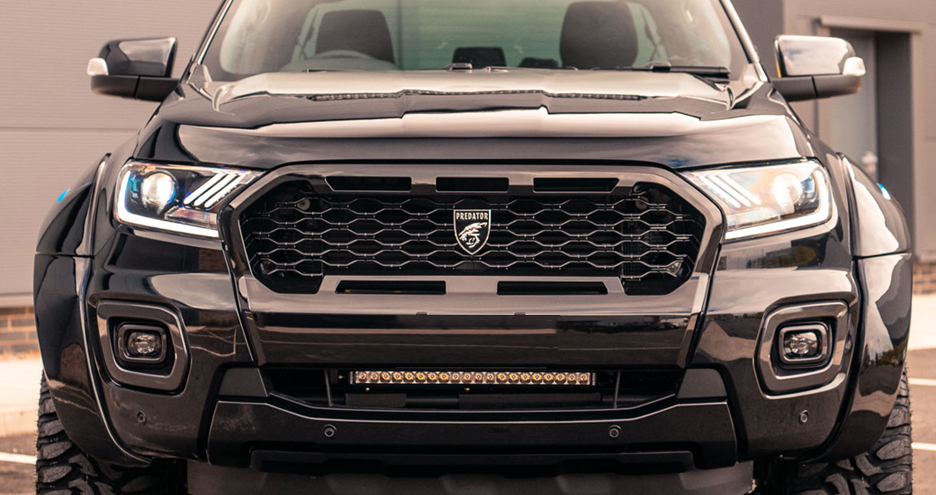 Front styling grilles for pickup trucks