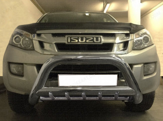 90mm Stainless steel nudge bar with axel bars fitted to an Isuzu Dmax 2012