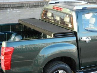 Heavy duty alloy tri-folding tonneau cover for Isuzu Dmax