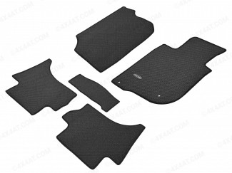 Set of studded mud mats suitable for the Mitsubishi L200 2015 high spec model
