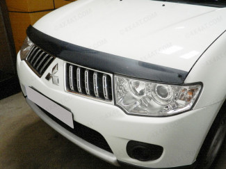 Mitsubishi L200 2010 On Type 2 Dark Smoke Bonnet Guard