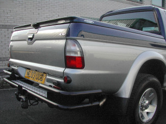 Mitsubishi L200 Mk3/4 Black Towing Capable Wrap Around Rear Bar
