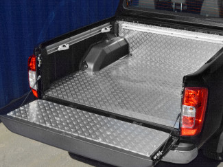 Nissan Navara NP300 Bed liner – Aluminium Chequer plate