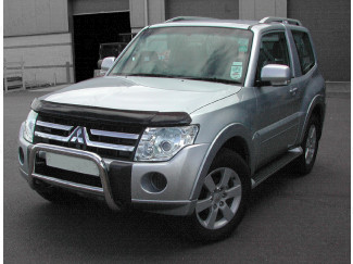 Mitsubishi Shogun 2015 On Bonnet Guard (Dark Smoke)