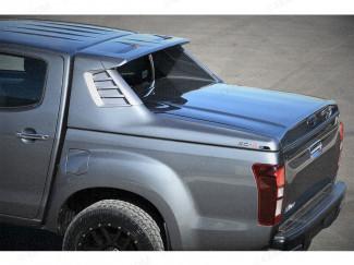 White Alpha SC-Z sports tonneau cover fitted to an Isuzu D-Max
