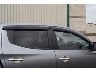 Dark smoke, tinted Mitsubishi Shogun/Pajero Sport 2018 on wind deflectors