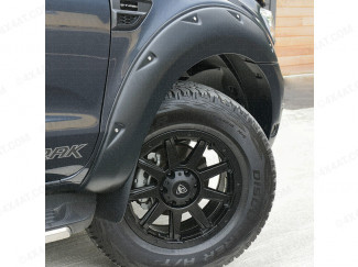 Ford Ranger X-Treme wheel arches in matt black