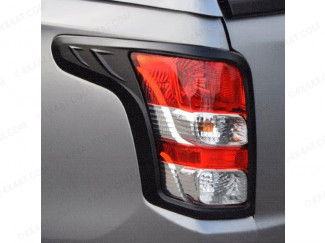 Matte black tail lamp surrounds for the Fiat Fullback 2016 on