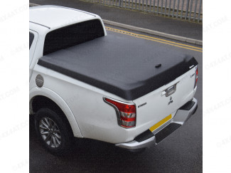 Aeroklas black textured lid fitted to a Mitsubishi L200