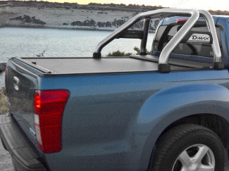 Sports Bar Fitted To An Isuzu Dmax With A Roll And Lock Tonneau Cover