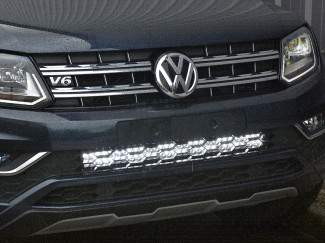 Close up of VW Amaro front grille fitted with integrated light bar
