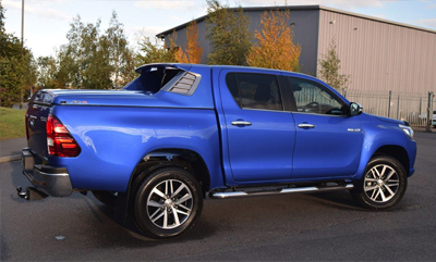 Alpha SC-Z Truck top canopy on a Toyota Hilux