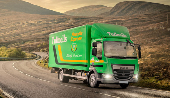 Palletline truck delivering parcels