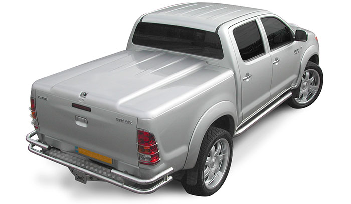 Proform 1 piece sports lid in silver on a Toyota Hilux