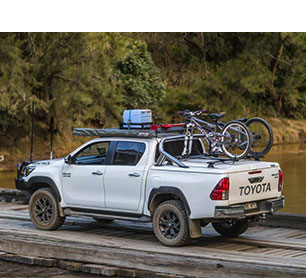 Toyota Hilux with Proform Tango Sportslid