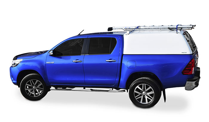 Side view of the ProTop low roof tradesman on a double cab Toyota Hilux