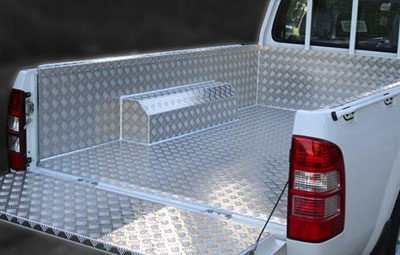 Samson 3mm aluminium chequer plate liner side view