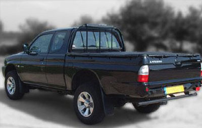 Single Cab pickup truck with soft hooked tonneau cover