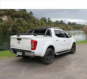 Nissan Navara with Tech2 Sport Lid