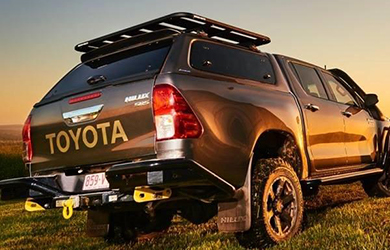 Toyota Hilux fitted with an Aeroklas Leisure Truck Top
