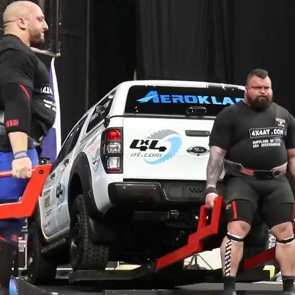 Eddie Hall dead lifting 4x4AT truck