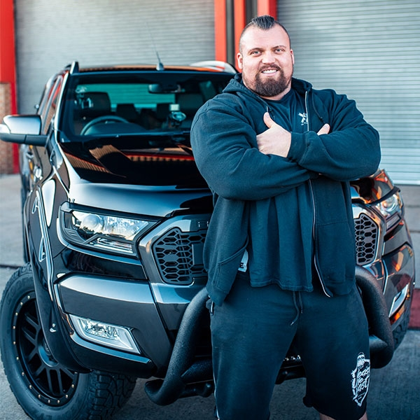 Eddie Hall Stops by 4x4AT HQ - Blog Post